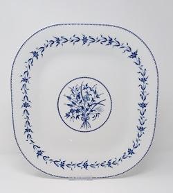 Plat carré bouquet ruban guirlande barbeaux 33 cm 280 Euros
